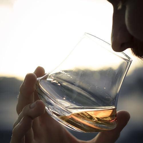 D_L_Whisky_Glass_Sq_500x