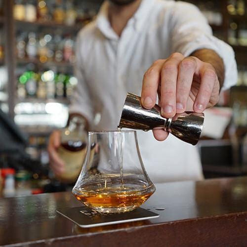 D_L_Whisky_Glass_Strait_Sq_500x